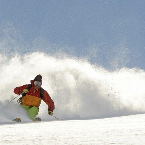 El Centro de Esquí La Hoya inauguró su temporada de nieve 2016