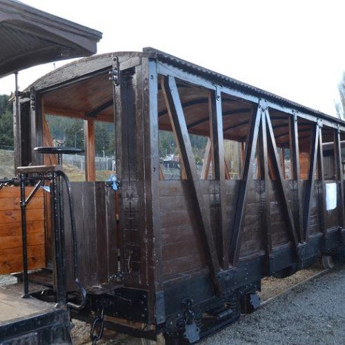 La Trochita incorporó un vagón fotográfico a su convoy